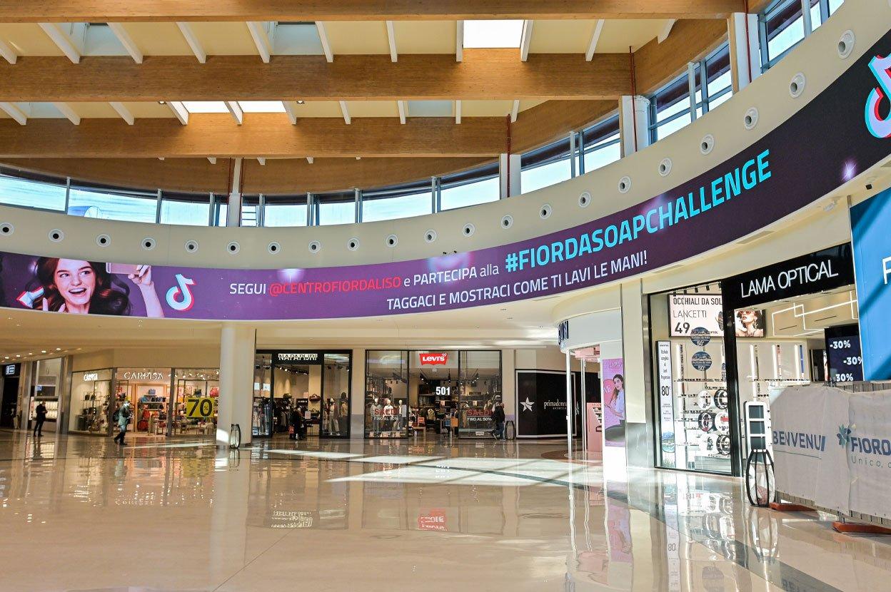 Milano, Centro Commerciale Fiordaliso